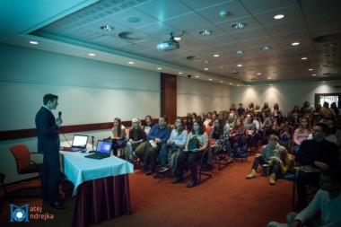 Prednáška o univerzite a štúdiu v zahraničí pre záujemcov na podujatí StudyFest.